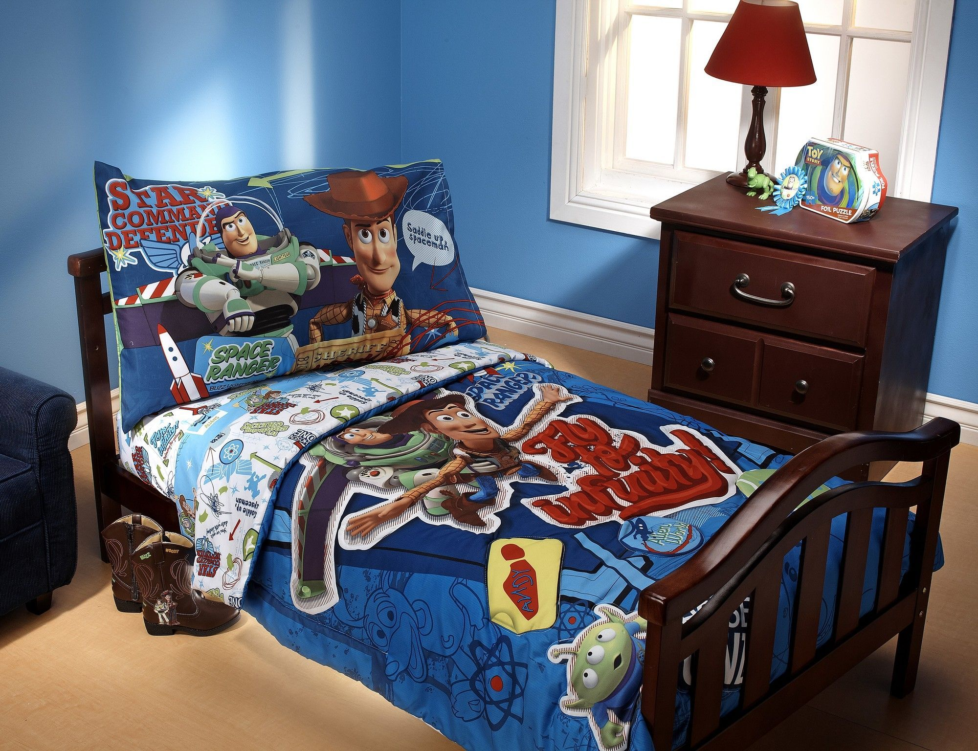 Toy story toddler bedding - Toy Story Fly To Infinity 4 Piece Toddler Bedding Set