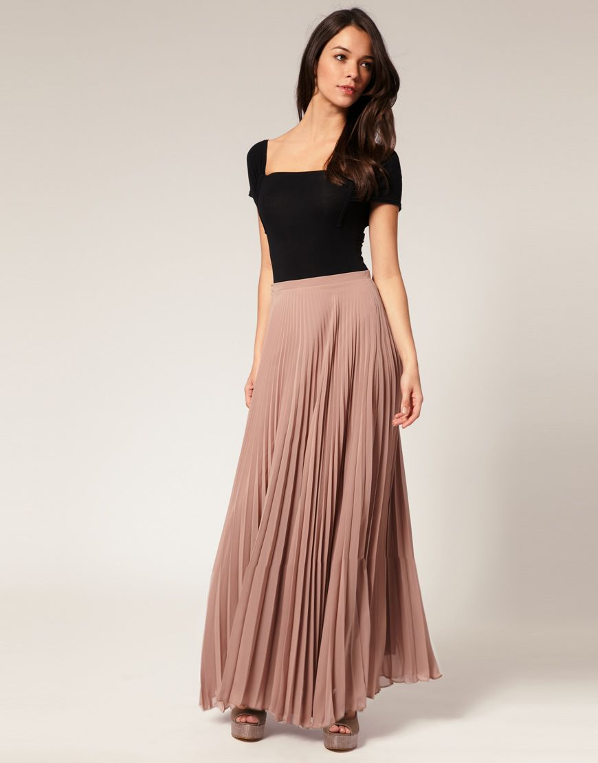 Modals wearing long skirts | korean skirt fashion Style Long Skirt ...