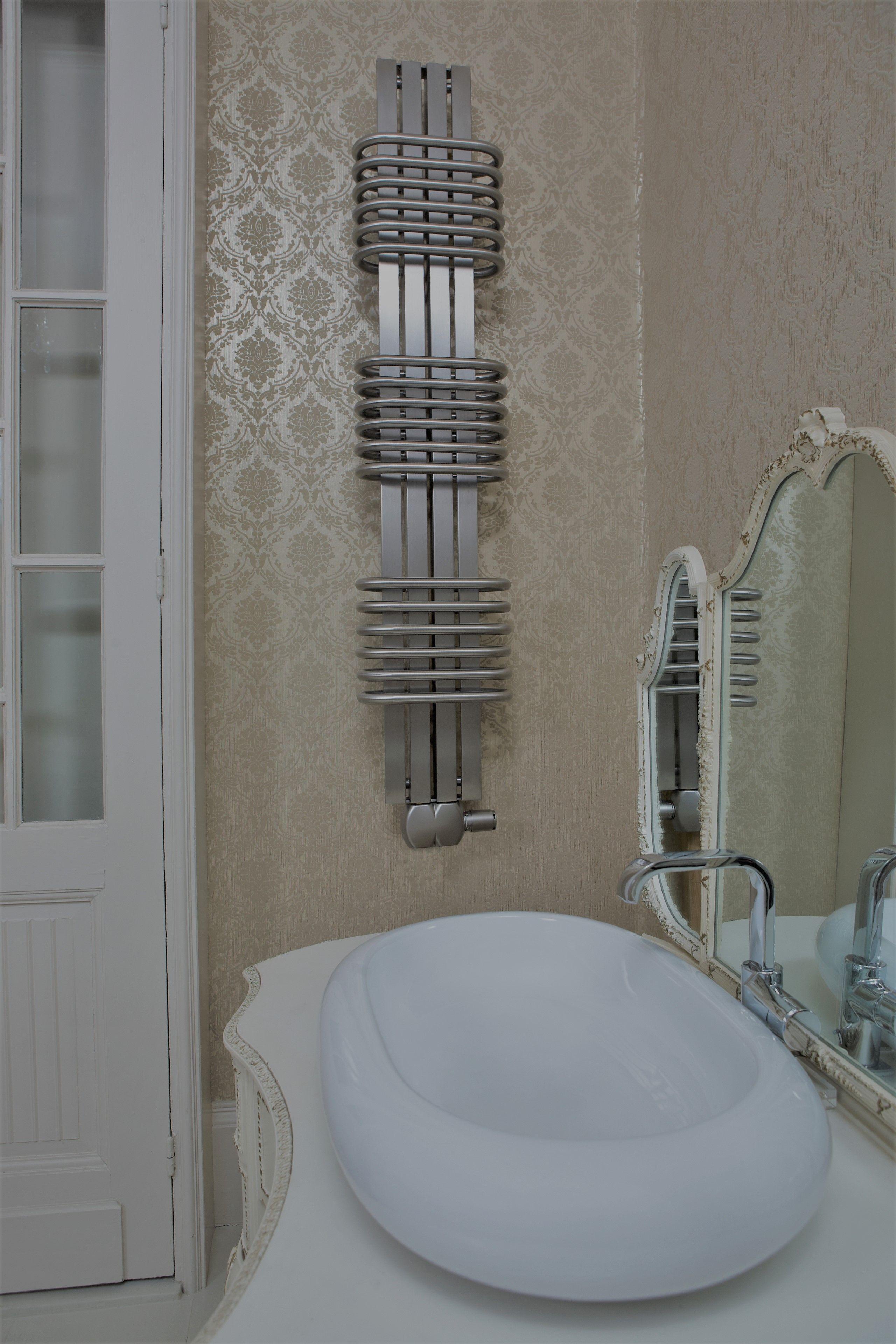 Bolero RVS design radiator badkamer 630x300 mat geborsteld ...