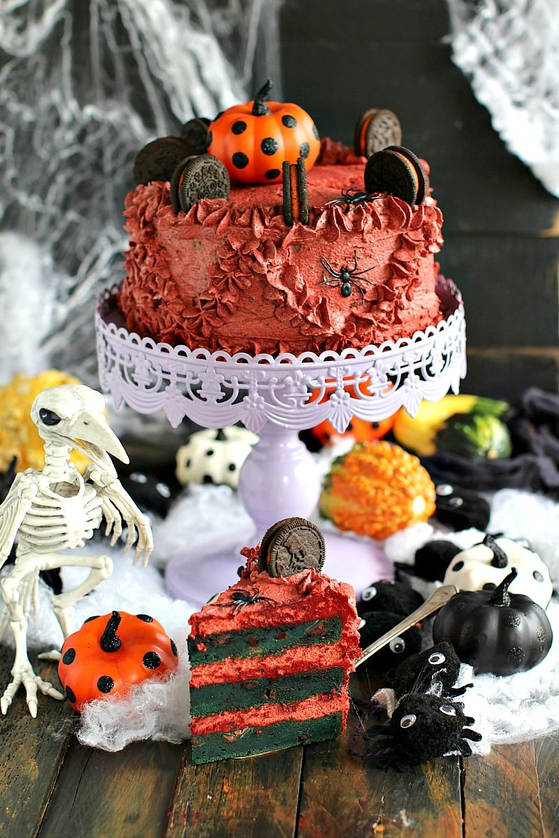 Halloween Pumpkin Oreo Cake