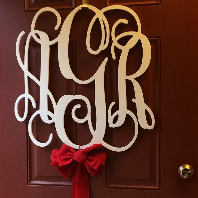 Our #monogram from the #wedding with a simple bow for this holidays!