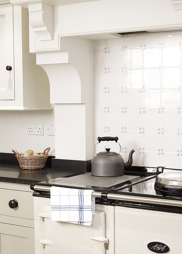 Love the tile and stove. (With images) Kitchen mantle