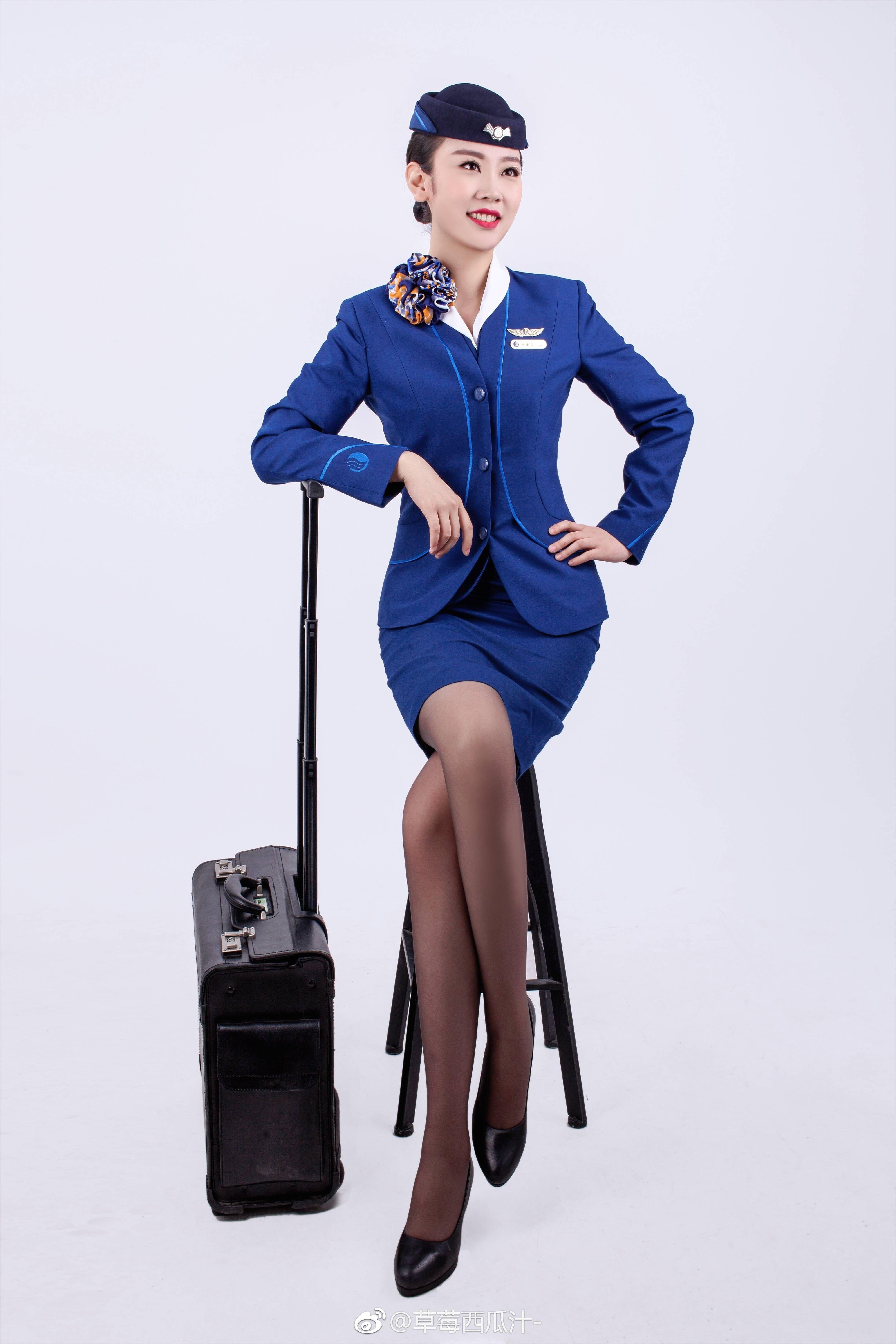 b3b13cbf590987 Hot Flight Attendant | air【2019】 | 客室乗務員、航空、飛行機