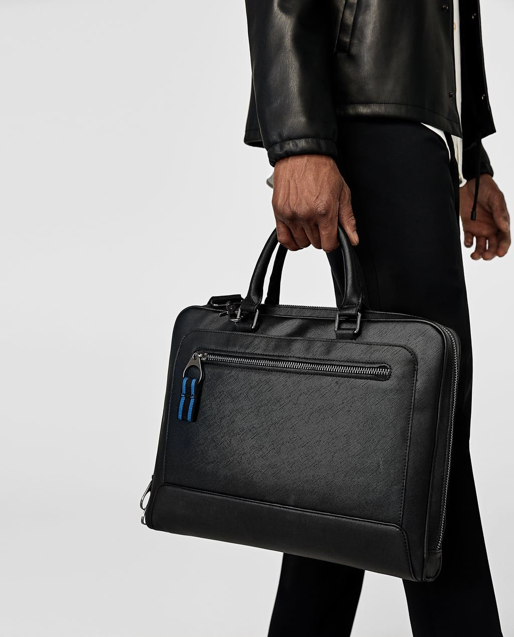 56e8dff340 Image 1 of BLACK BRIEFCASE WITH GUSSETS from Zara |