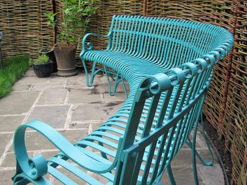 Colorful Outdoor Furniture Ideas
