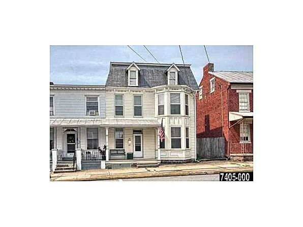 58 N Main St, Dover, PA 17315 | Zillow | Home warranty ...