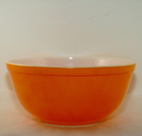 Pyrex Mixing Bowl 403 Orange - Vintage - 1970\'s | Pyrex mixing bowls ...