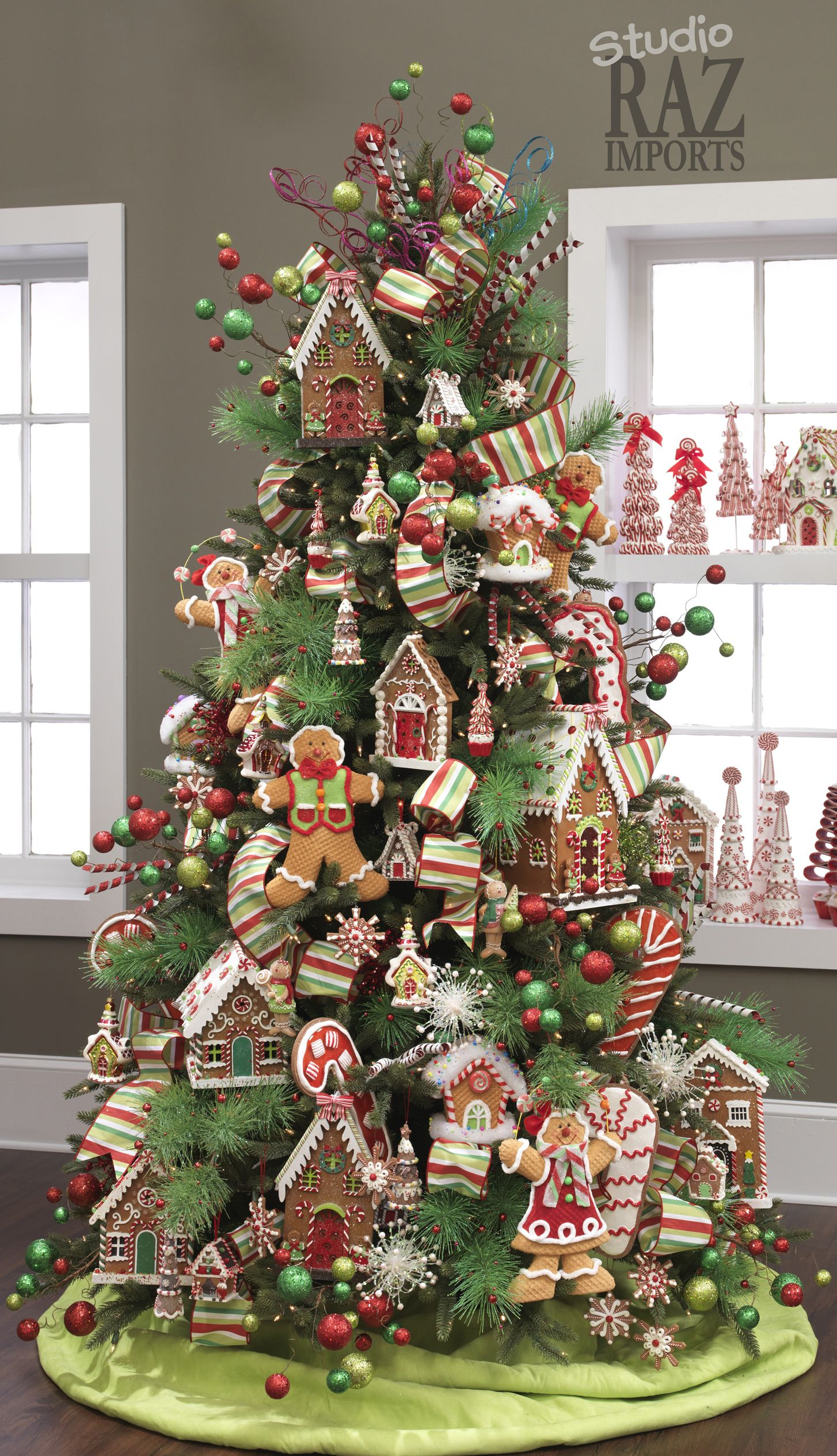 2012 christmas tree gingerbread christmas tree gingerbread decorations christmas tree themes christmas candy - Gingerbread Christmas Decorations
