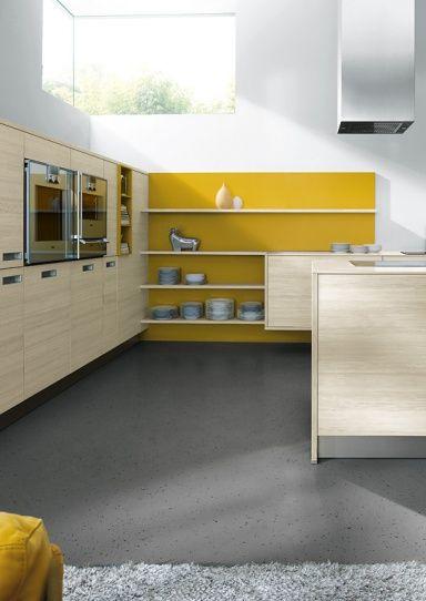 Farbe in der Küche Lärche mit Gelb Küche  - küchen farben trend