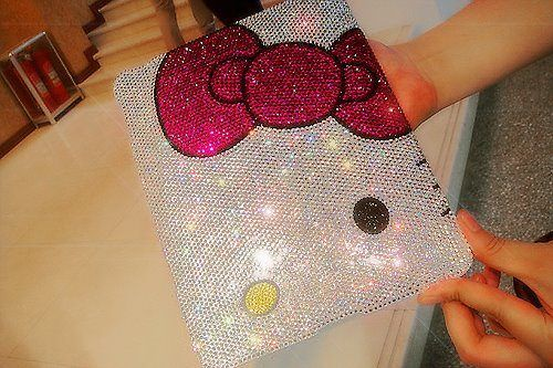 AVAILABLE IN IPAD 1 AND IPAD 2 ! BLING CASE  Dresstique http://www.dresstique.com/