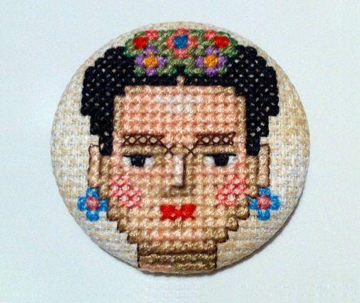 Frida Kahlo Cruz unico punto spilla fatta a mano di COSIMITAS