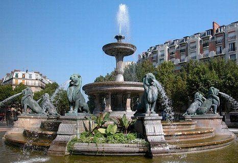 La Fontaine Aux Lions Place Felix Eboue Studio Paris Paris Vente Immobilier