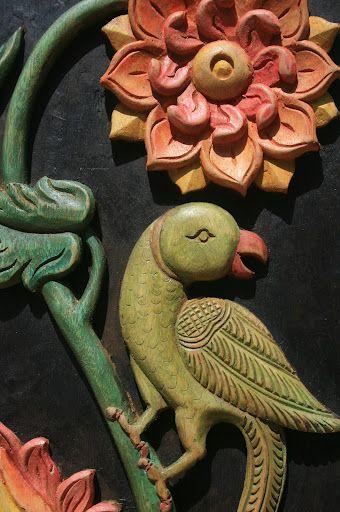 wood carvings with new designs by aditi prakash- gundrala metta - designer holzmobel skulptur
