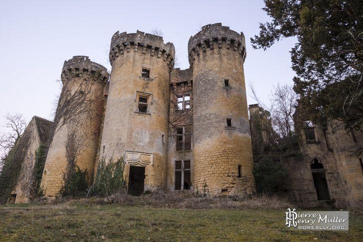 Château abandonné Saint Vincent le Paluel
