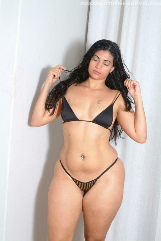 Curvy girls bikini