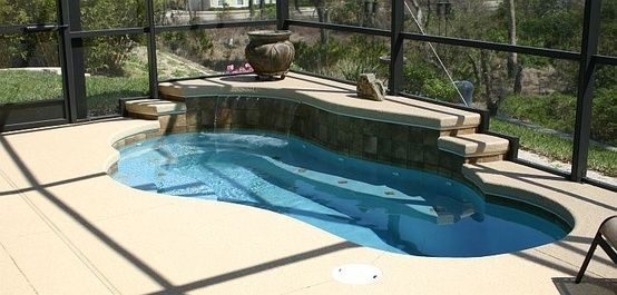 Spool Small Pool With Jets Like A Spa Backyard Remodel Small Pool Home Addition