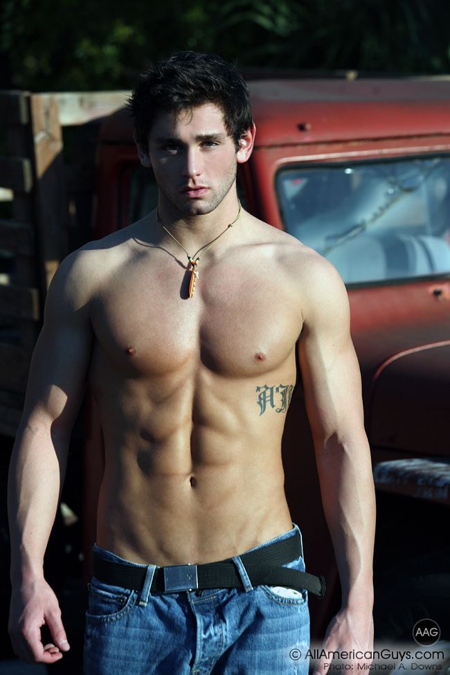 Pin von JM Valderrama auf Muscles and Tattoos | Pinterest