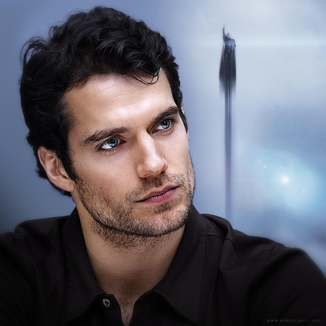 Henry Cavill 52 Amazing Facts About The Actor List Useless Daily The Amazing Facts News Amp Henry Cavill Black Hair Blue Eyes Blue Eyed Men