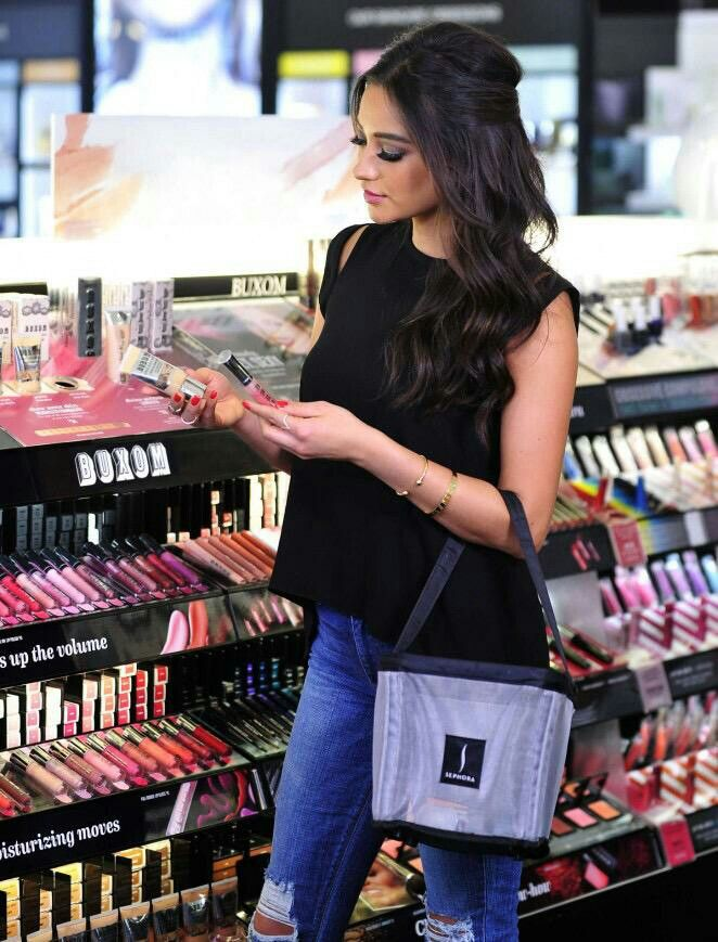 Shay Mitchell Hair Also Love The Outfit Lovely Locks Pinterest Shay Mitchell Hair And