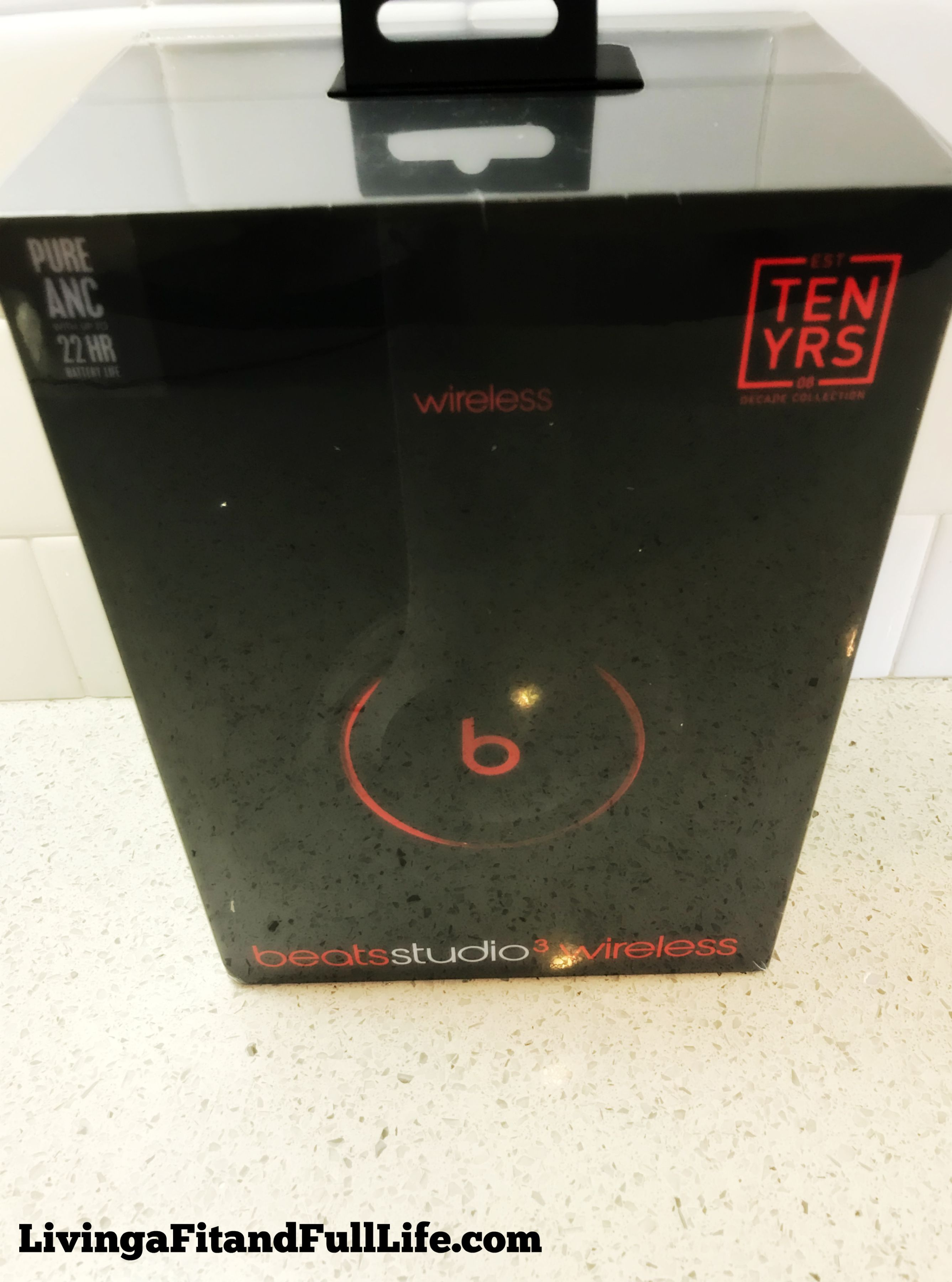 Check Out The Beats Decade Collection Studio3 Wireless Over Ear Headphones And Jam Out Like Never Before In Ear Headphones Over Ear Headphones Headphones