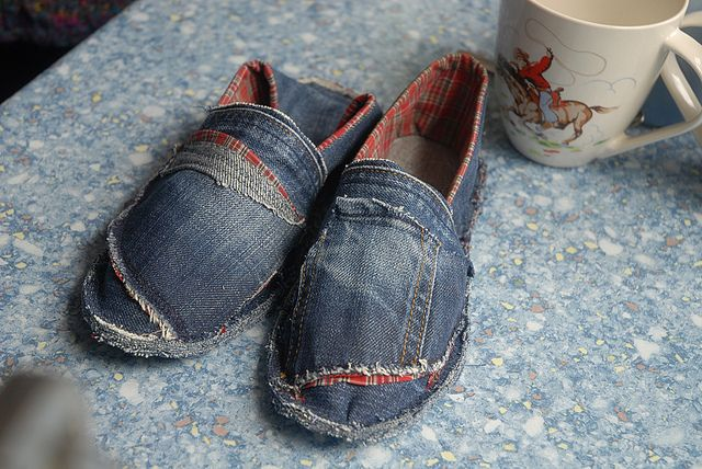 make your own canvas shoes make your own shoes pinterest canvases. Black Bedroom Furniture Sets. Home Design Ideas