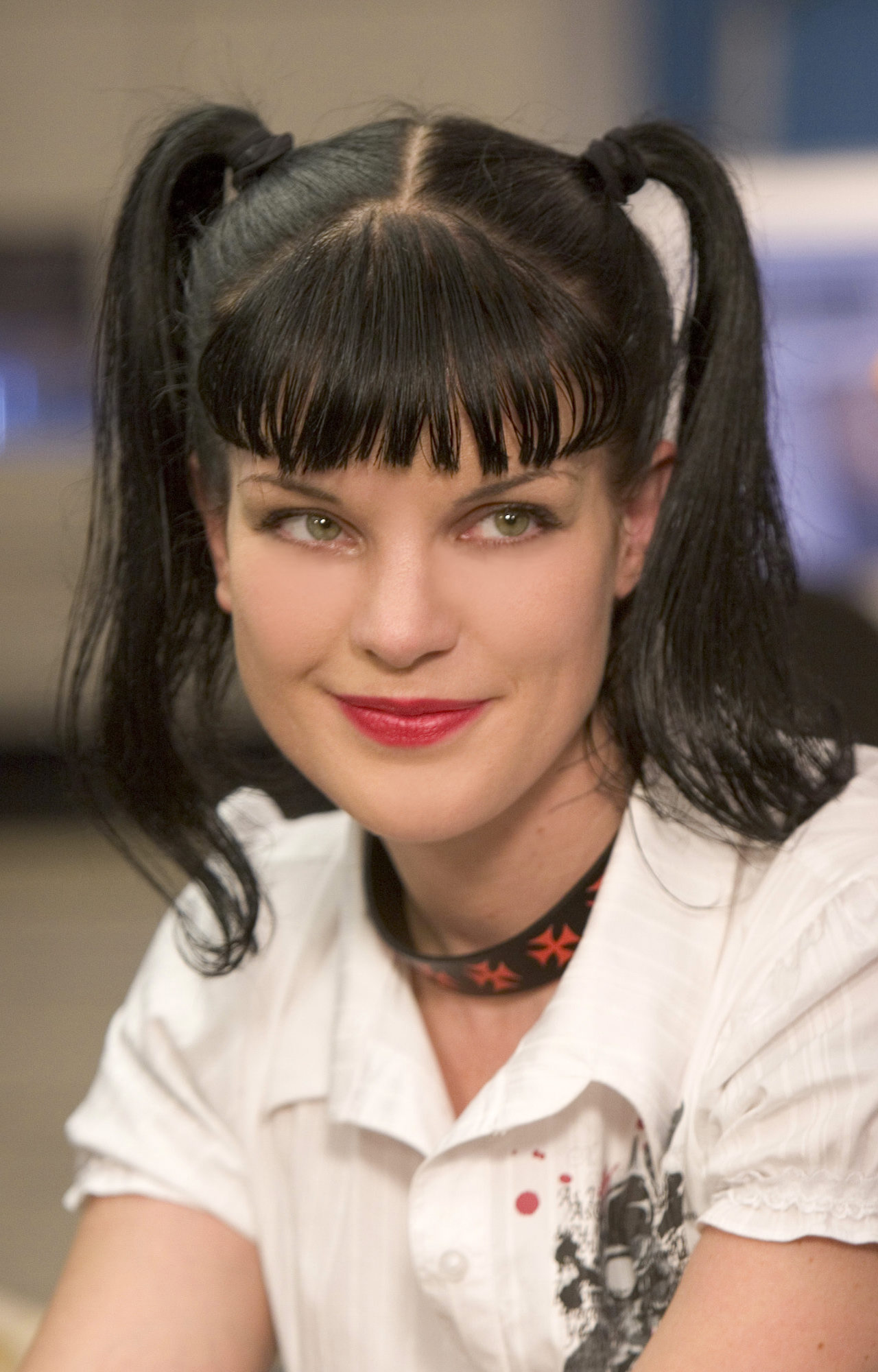 Pauley Perrette Ncis I Saw Her At Comic Con Too Hard To Believe