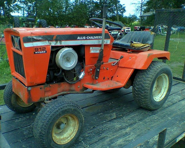 809f0dad6cb68dfaed6bcb9d0a2e7df1 75 best garden tractors images on pinterest lawn, farming and cubs  at bakdesigns.co