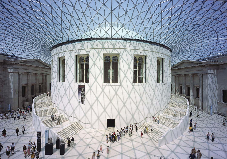 Nel 2000 Inaugura Great Court Al British Museum Di Londra British Museum London Museums Amazing Architecture