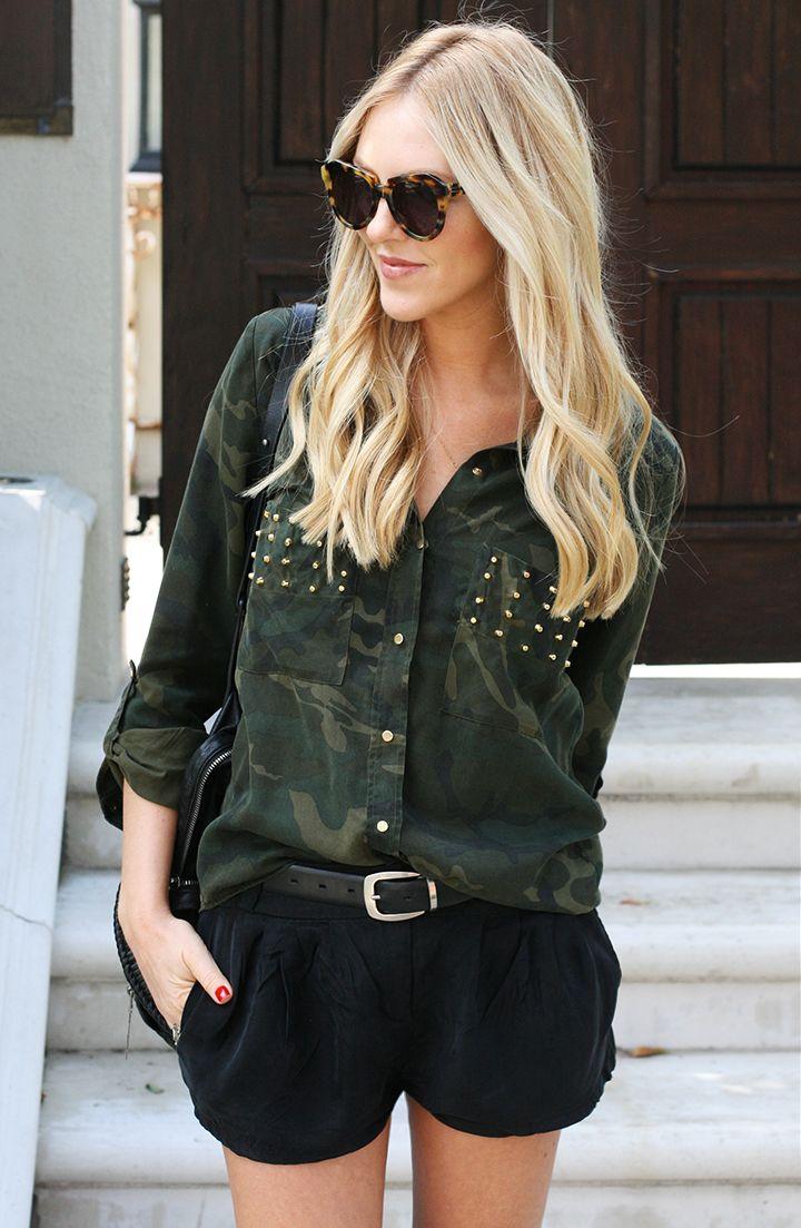 Blusa camuflada con tachas y short negro  3!!  6abf1327e7c1