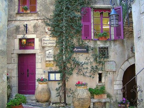 Provence I don't know what it is about old stone buildings with brightly painted doors &  shutters....but I just ADORE them!