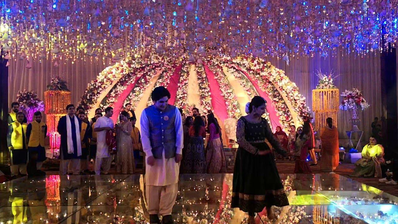 Couple Wedding Dance 2020 Couples Wedding Mehndi Dances Best Sister In 2020 Wedding Dance Pakistani Dance Wedding Couples