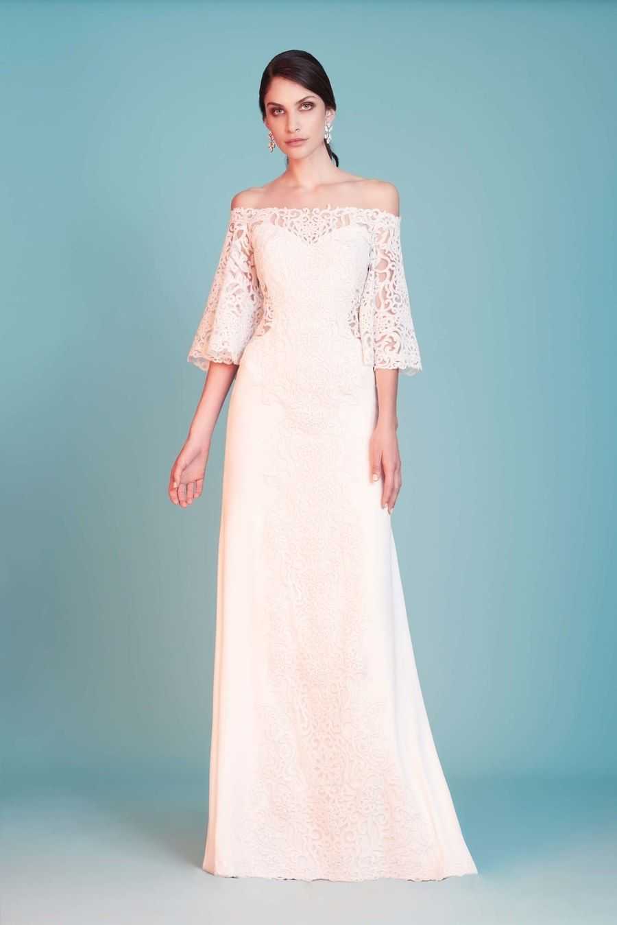 Tadashi Shoji Bridal Spring 2018 Collection Runway Looks Beauty Models And Reviews Fashion Dresses Online Wedding Dresses Fashion
