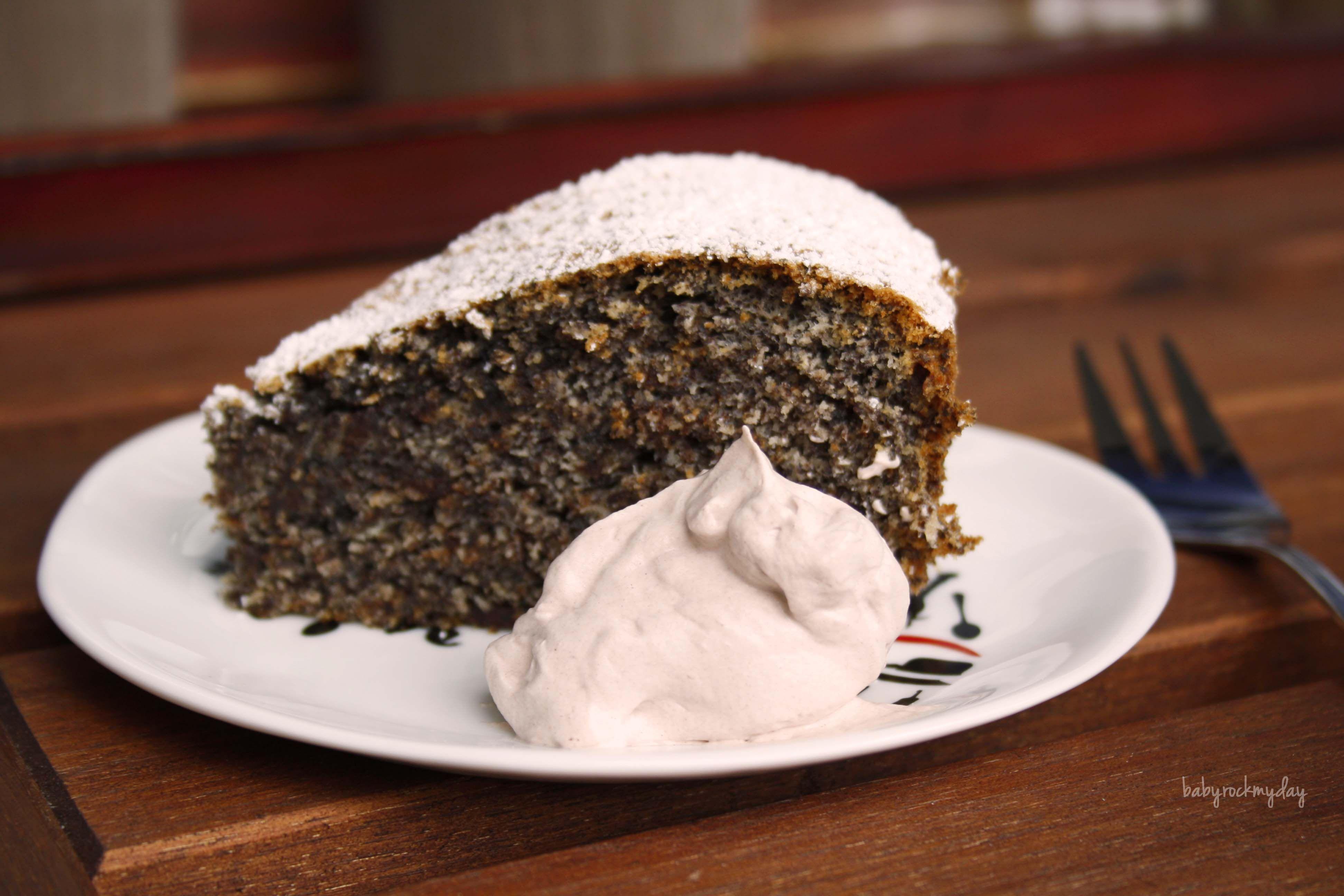 Schoko Mohn Kuchen Und Die Uberraschende Backbuchvorstellung Mit Bildern Kuchen Lecker