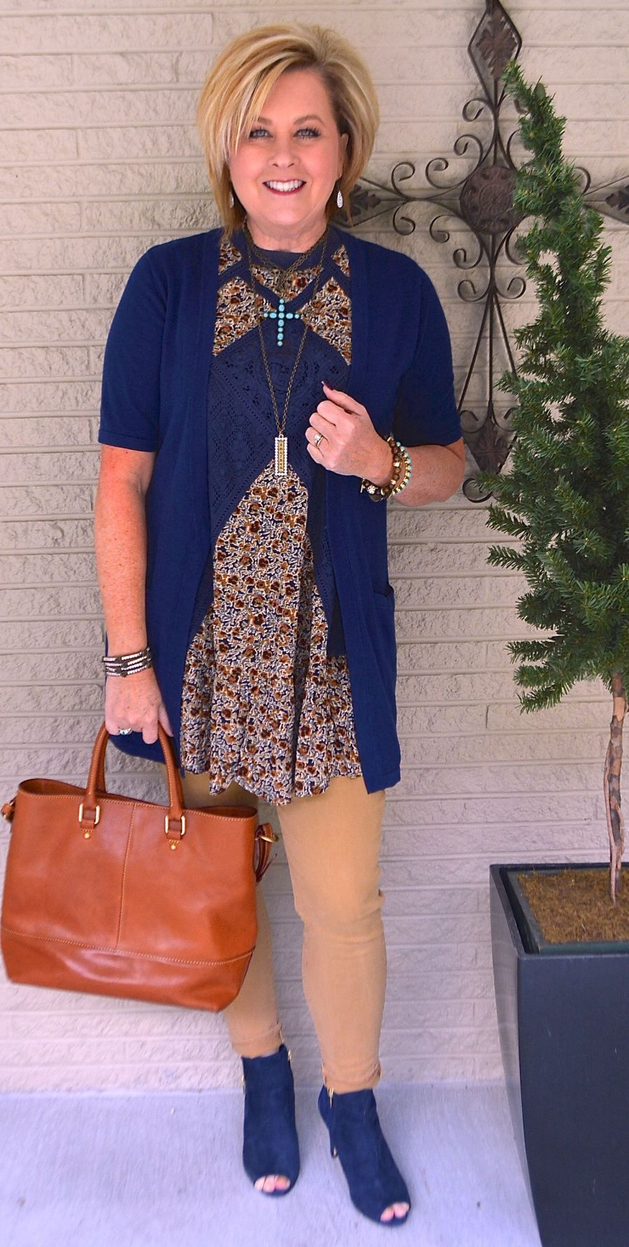 50 IS NOT OLD | THE DAYS OF MY LIFE | Not Frumpy | Tunic | Fashion over 40 for the everyday woman