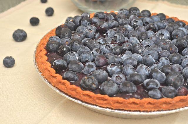 A Healthy Jalapeno: Dorothy's Fresh Blueberry Pie {SRC}  ahealthyjalapeno.com