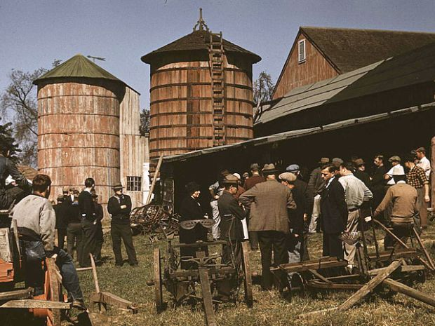 Rare color photos from 1930s-40s | Farm auctions, Old ...