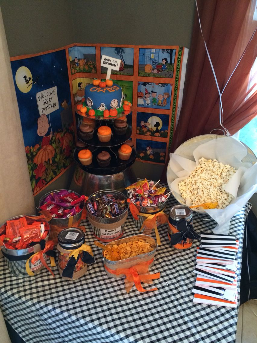 The candy buffet for Owens birthday party ! The great pumpkin Charlie Brown