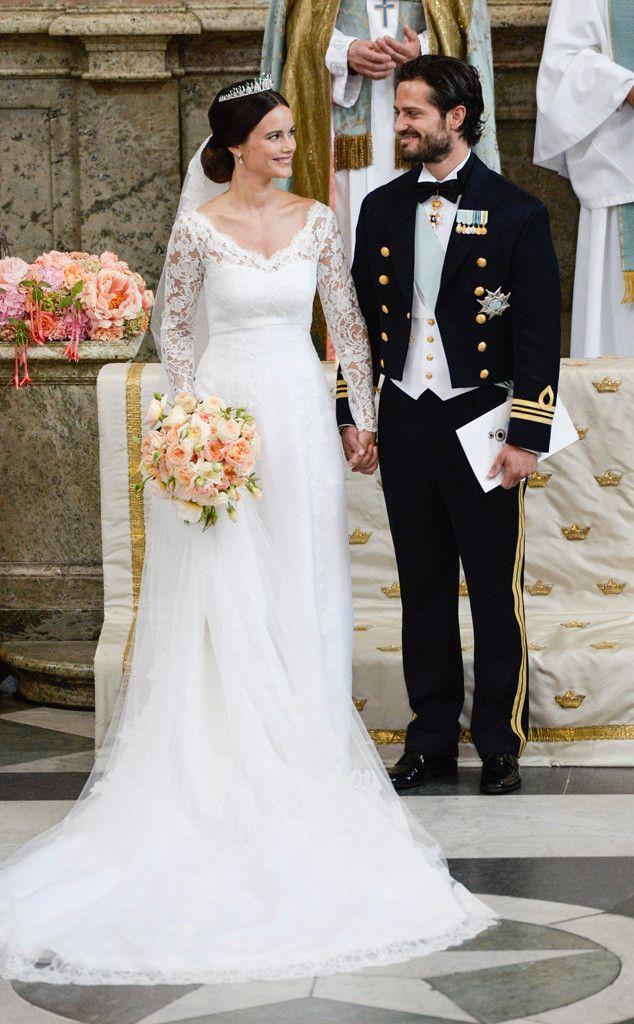 Sweden S Prince Carl Philip Weds Sofia Hellqvist See Wedding Pics Royal Wedding Dress Royal Weddings Wedding Dresses