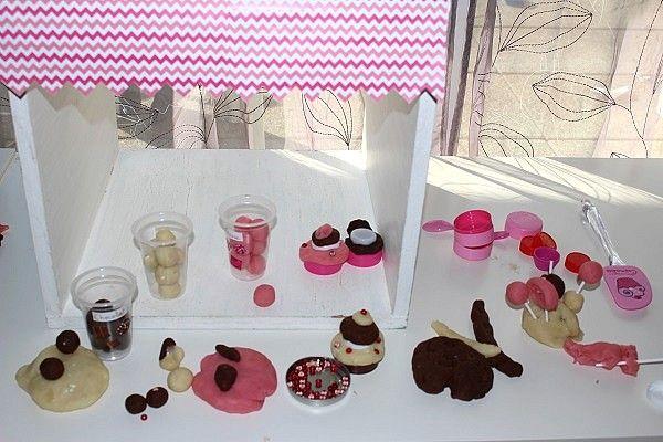 Pâtisseries & confiseries en pâte à modeler | Nougatine, Gros gateau au chocolat et Pâte à ...