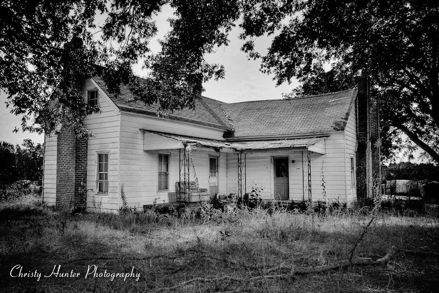 Abandoned farmhouse near somerville tn abandoned