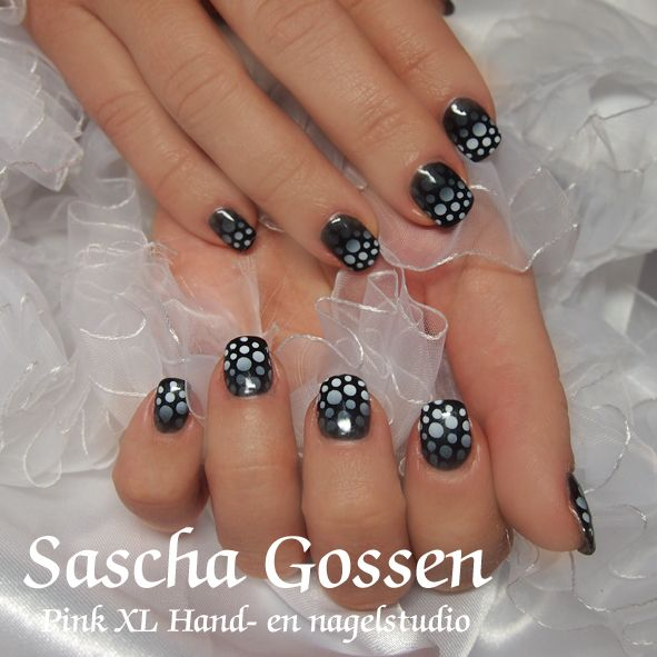 Brisa gel with Shellac and airbrush...