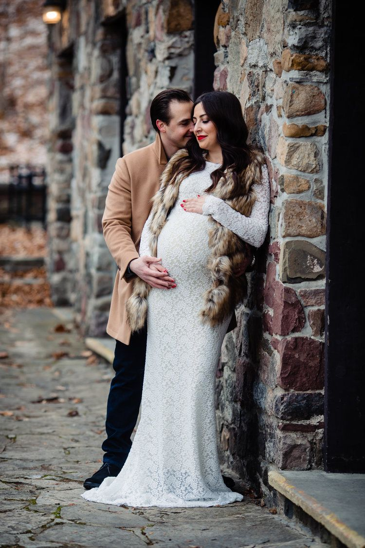 Kaleigh & Alfonso Green Lakes Maternity Session