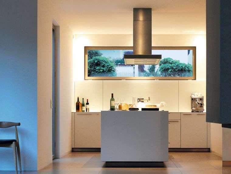 Cucina piccola con isola nel 2019 | Cucine | Cucine piccole ...