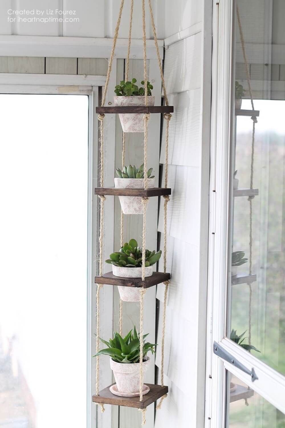 34 Reclaimed Wood DIY Projects You Can Make At Home | Plant ...