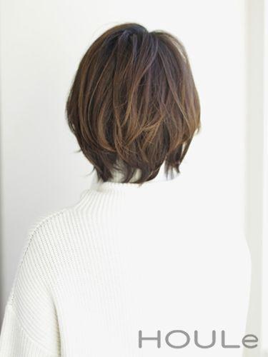大人レイヤーボブ ミズ 30代 40代 ヘアカット ヘアスタイリング 短い髪のためのヘアスタイル