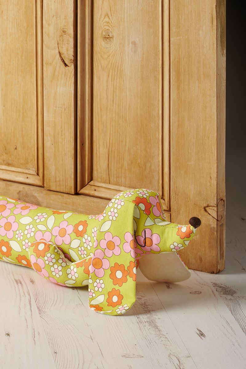 Do come in Sausage dog draft excluder | Sewing | Pinterest ...