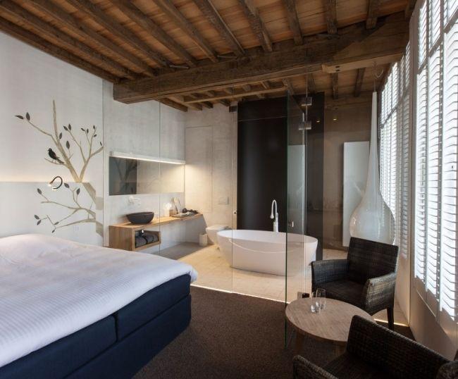Schlafzimmer Mit Badewanne #16: Badewanne Schlafzimmer Glaswand Holz Waschtisch Badewanne Holz Decke