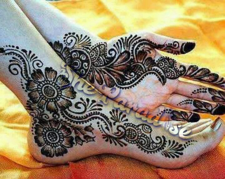 Mehndi Hands With Mobile : Pin by huma latif on mehndi designs pinterest bridal