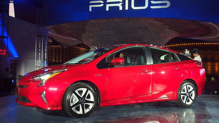 2016 Toyota Prius Tech Improves Here There All Over