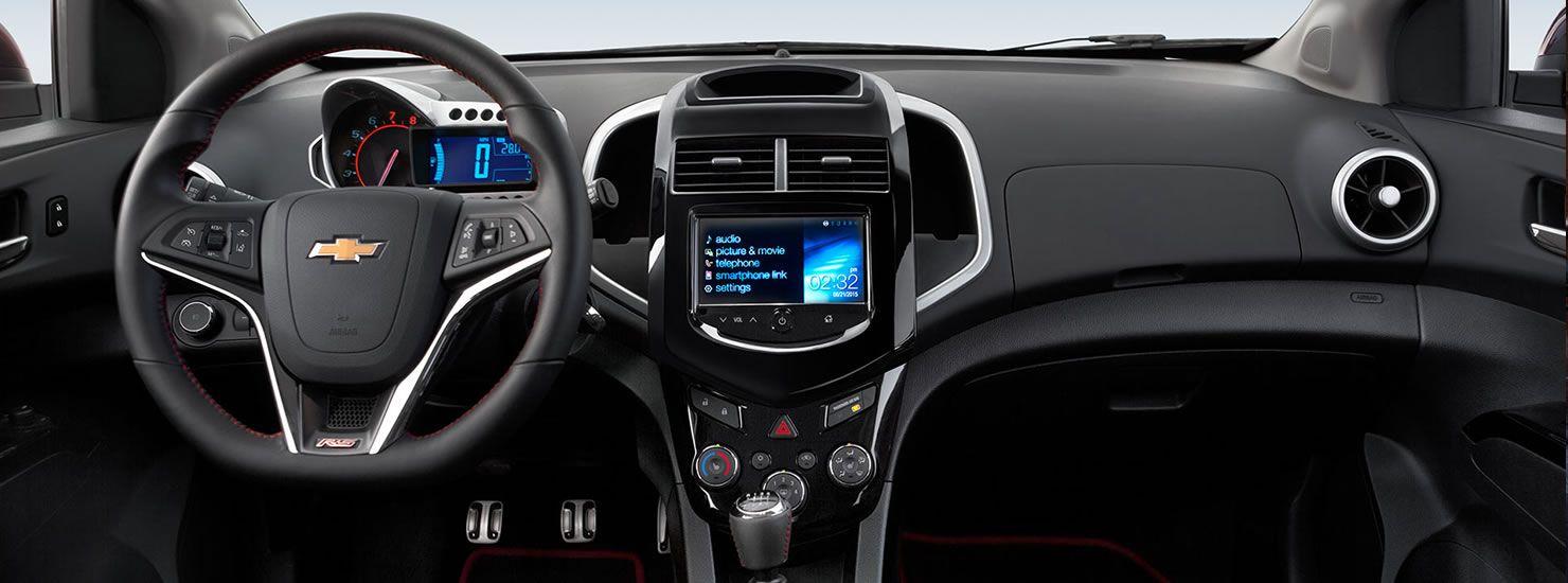 El Chevrolet Sonic 2016 esta equipado con una transmisión manual de 5 velocidades